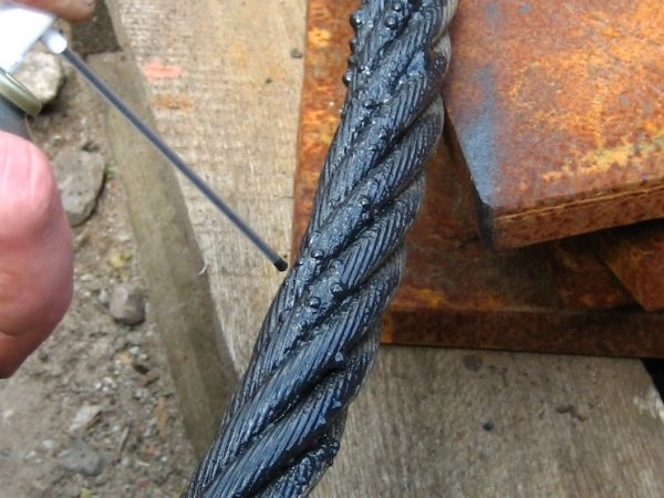 MC-3953   cables